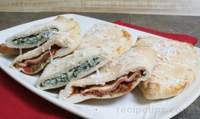Spinach and Cheese Calzone Recipe