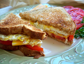 fried egg sandwich Recipe