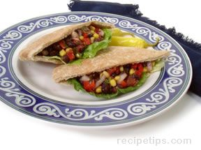 Pita Sandwich with Salsa Relish