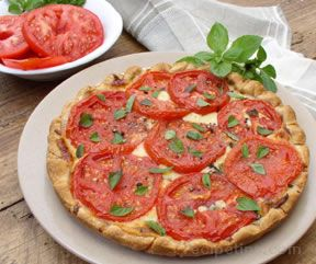 Tomato and Cheese Pie
