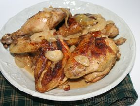 Chicken in Onion Wine Sauce