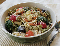crab  veggie pasta salad Recipe