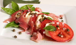 tomato mozzarella and prosciutto salad Recipe