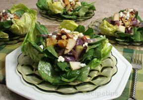 Pear and Orange Salad with Goat Cheese