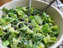 Romaine Salad Tossed with Blueberries