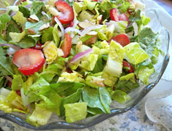 Strawberry Lettuce Salad with Lemon Poppy Seed Dressing