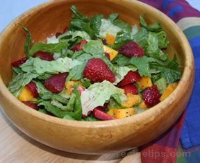 mango strawberries and greens Recipe