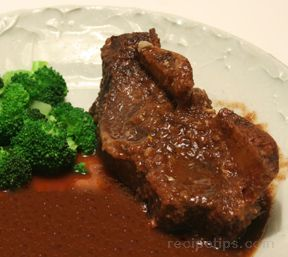 Slow Cooked Beef Short Ribs in Wine Sauce