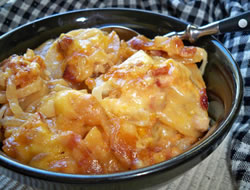 Slow Cooker Scalloped Potatoes  Bacon