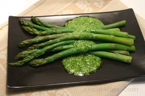 Asparagus with Cilantro Sauce Recipe