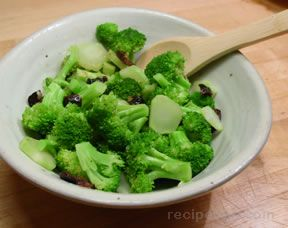 Broccoli with Kalamata Vinaigrette