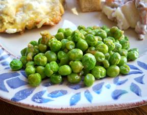 Garlicky Peas