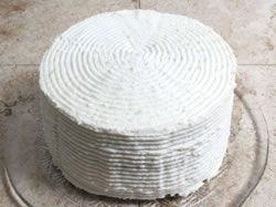 Circled Ridges Frosting Design Article