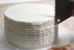 Circled Ridges Frosting Design How To Cooking Tips
