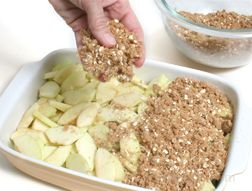 How to Make Apple Crisp Article
