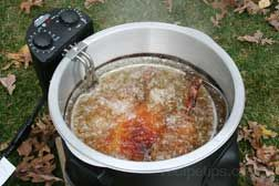 How to Deep Fry a Turkey Article