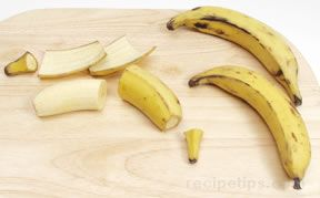 preparing bananas for cooking Article