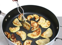 How to Cook Eggplant Article