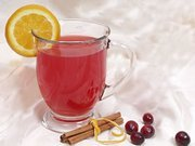 How to Make Holiday Cranberry Tea