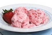 How to Make Homemade Strawberry Ice Cream