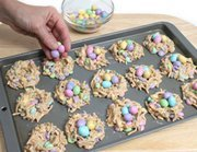 How to Make Candy Easter Nests