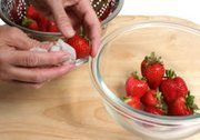 How to Clean and Prepare Strawberries