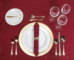 Merveilleux Formal Table Setting