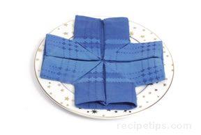 Snowflake Napkin Fold