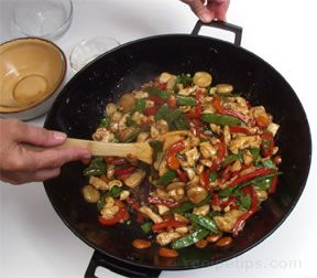Stir Frying Chicken How To Cooking Tips Recipetips Com